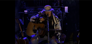 """Neil Young Apologized For The Delay Of His 1975 Album """"Homegrown"""""""