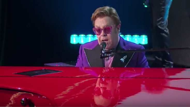 """Watch Elton John Perform """"(I'm Gonna) Love Me Again"""" In The 2020 Oscars 