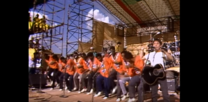 Relive Paul Simon Performing With Ladysmith Black Mambazo in 1987