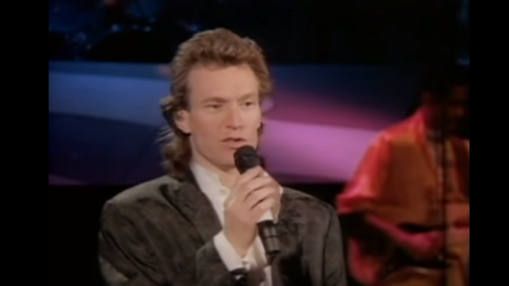Relive 5 Songs From Steve Winwood