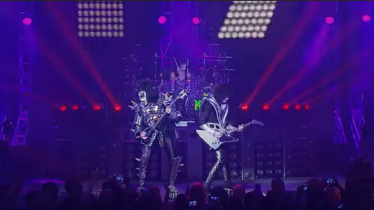 """KISS Supports Tour Crews With """"Stay At Home"""" Shirt Release 