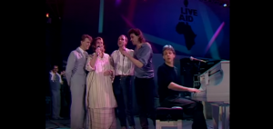 "Watch Paul McCartney, David Bowie And Pete Townshend Perform ""Let It Be"""