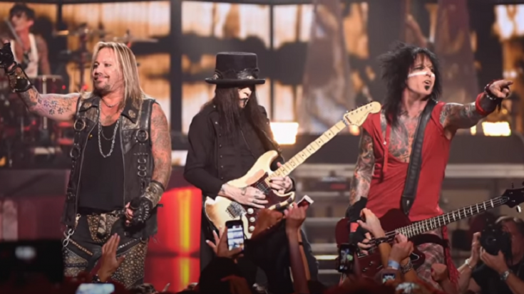 Mötley Crüe On Summer Tour Status | Society Of Rock Videos