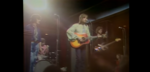 """1970: Watch The Moody Blues Perform """"Question"""" Live Before Its Official Release"""