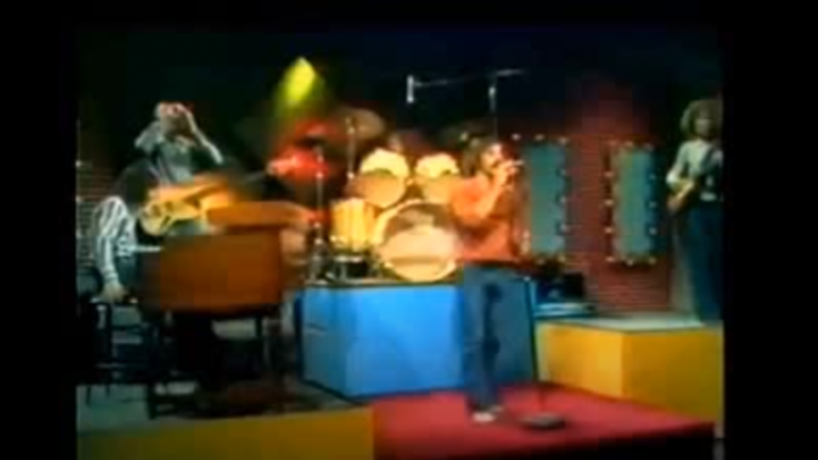 "Watch REO Speedwagon's 1971 Performance Of ""Anti-Establishment Man"" | Society Of Rock Videos"