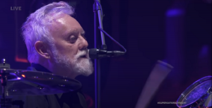 "Watch The Foo Fighters Perform ""Under Pressure"" With Roger Taylor"