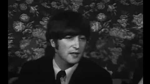 "The Time John Lennon Resolved His ""More Popular Than Jesus"" Incident 