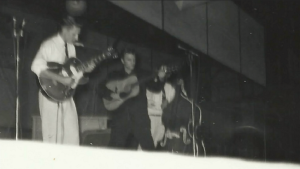 "Listen To The Unreleased Footage Of Elvis Presley's ""I Forgot To Remember To Forget"" In 1955"