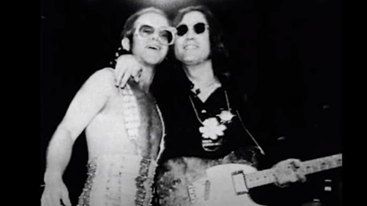 "The Story Of Elton John Making John Lennon ""Physically Sick"" | Society Of Rock Videos"