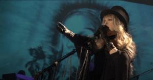 """Stevie Nicks Recalls Her Abortion To Pursue Her """"World's Mission"""""""