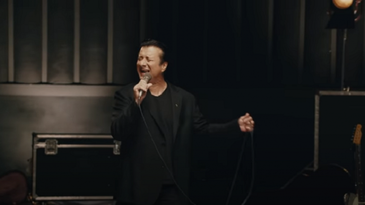 """Steve Perry Announces Acoustic Version Of """"Traces"""" 