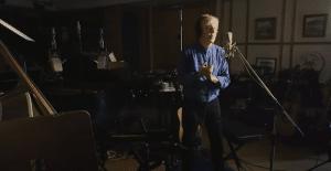 """Sometimes, I Wish I Was A Bit More Like Bob Dylan"" – Paul McCartney"