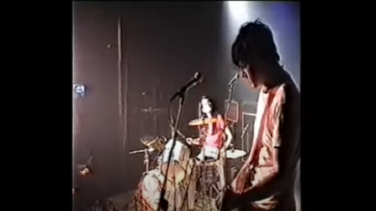 Watch White Stripes Perform 'Jolene' At 2001 Detroit Gig | Society Of Rock Videos