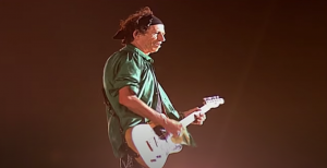 Relive 10 Remarkable Riffs From Keith Richards