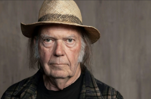 Neil Young Shares Why He Hates The Internet's Effect On Music