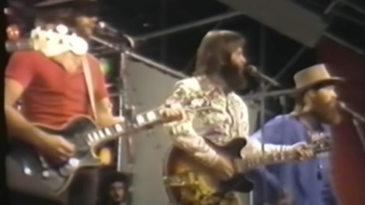 Relive 'I Get Around' Back In 1971 By The Beach Boys | Society Of Rock Videos