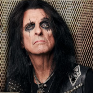 Alice Cooper Shares The Time Jimi Hendrix Gave Him His First Joint