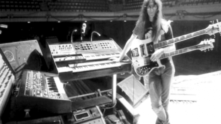 Listen To Geddy Lee's Legendary Isolated Vocals On 'Closer To The Heart' | Society Of Rock Videos