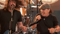 Watch Foo Fighter's Comeback Performance With Brian Johnson | Society Of Rock Videos