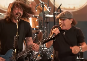 Watch Foo Fighter's Comeback Performance With Brian Johnson