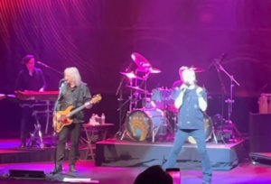 Watch Kansas' First Post-Covid Show Performing 'Carry On Wayward Son'