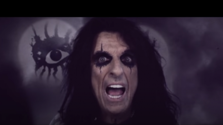 Alice Cooper Headlines 2022 Monsters of Rock Cruise   Society Of Rock Videos