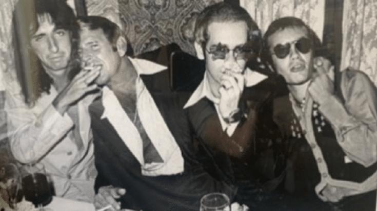 Elton John and Alice Cooper Recreate Iconic Photo 50 Years Apart | Society Of Rock Videos