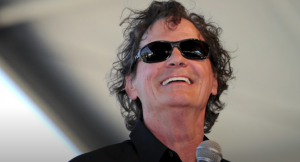 B.J. Thomas Loses Battle With Lung Cancer, Dead At 78