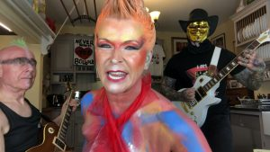 """Watch Robert Fripp And Toyah Cover Sex Pistols' """"Pretty Vacant"""" The Ending Had Us Laughing!"""