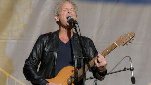Lindsey Buckingham Release New Fleetwood Mac Rooted Song 'On The Wrong Side'
