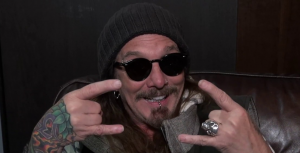 """John Corabi Is  """"not even remotely interested"""" To Join Motley Crue Again"""