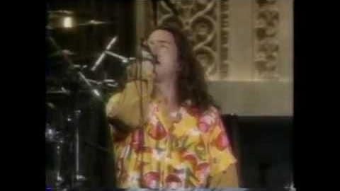 Watch Eddie Vedder Leaked 'Drunken' Performance In Singles Party   Society Of Rock Videos